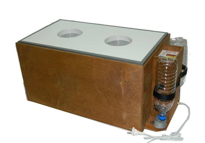 Особенности инкубатора Блиц-48