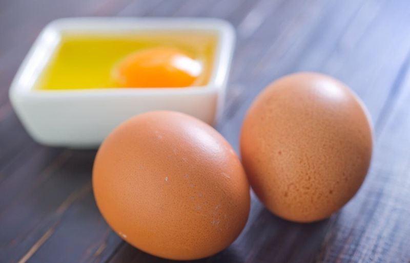 Можно ли есть сырые яйца